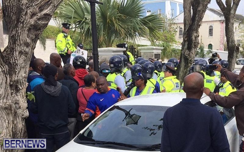 riot-police-at-protest-dec-2-2016-5