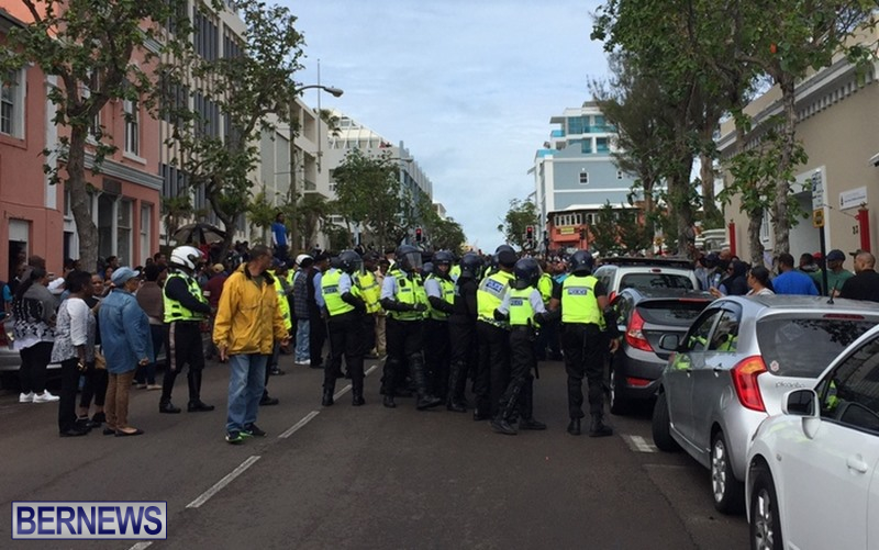 riot-police-at-protest-dec-2-2016-7