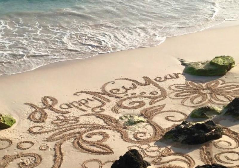 Beach art-Hannah Strange