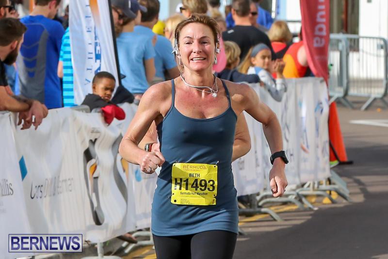 Bermuda-Race-Weekend-Half-and-Full-Marathon-January-15-2017-258