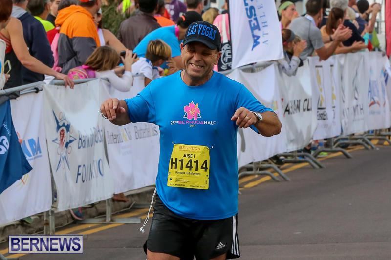 Bermuda-Race-Weekend-Half-and-Full-Marathon-January-15-2017-370