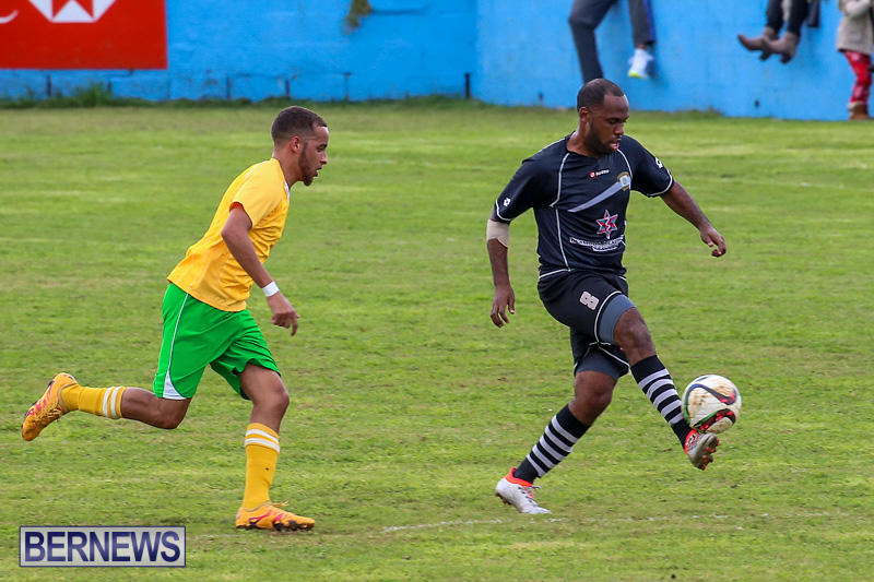 Football-Devonshire-Cougars-vs-PHC-Bermuda-January-1-2017-40