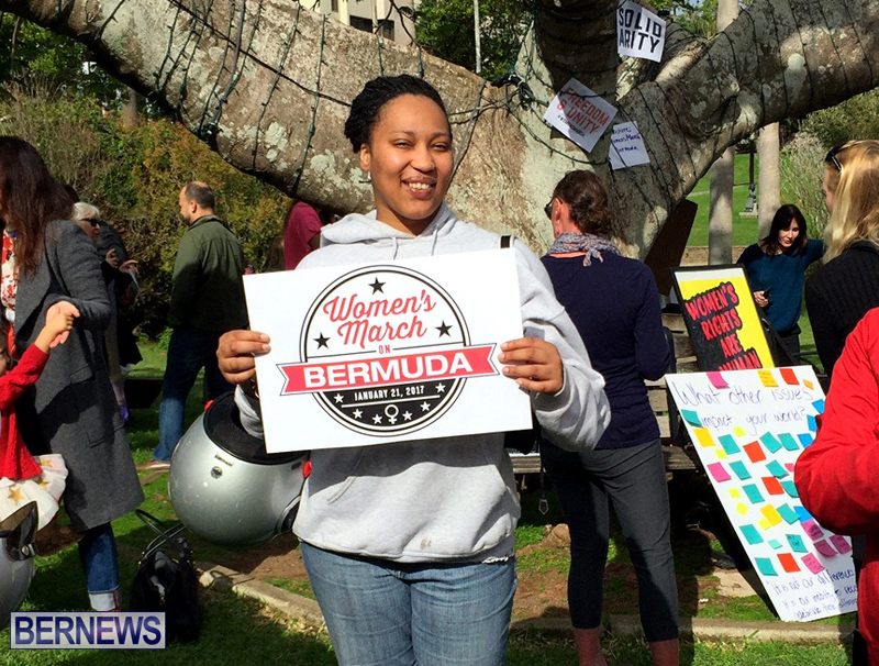 Gathering To Support Women's March Bermuda Jan 21 2017 (2)