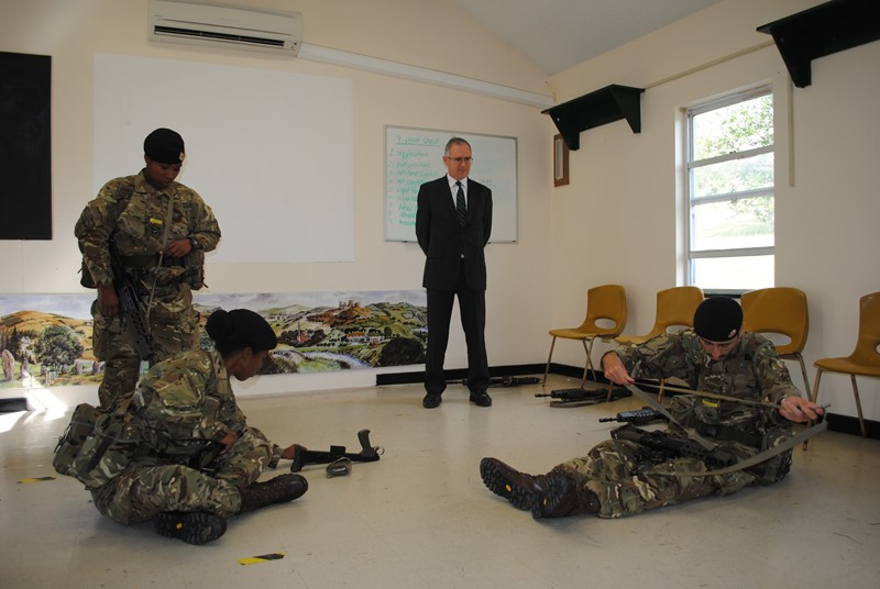 Governor Visits RBR Recruits (4)