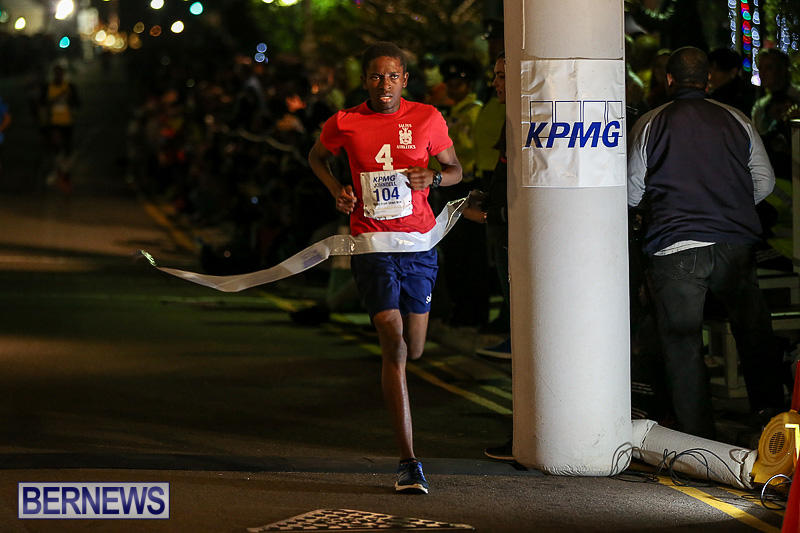 KPMG-Front-Street-Mile-Bermuda-January-13-2017-101
