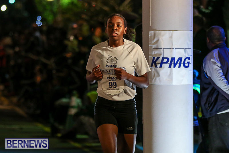 KPMG-Front-Street-Mile-Bermuda-January-13-2017-91