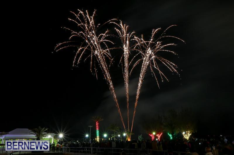 New-Years-Eve-Fireworks-Bermuda-December-31-2016-22