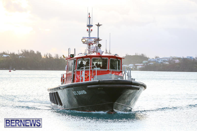 Rescued At Sea Ninah Crew Return Home Bermuda - Pilot Boat St David, January 20 2017 (3)