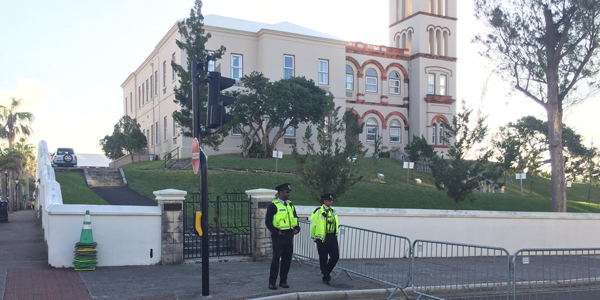 Police-at-House-Bermuda-February-3-2017-TC