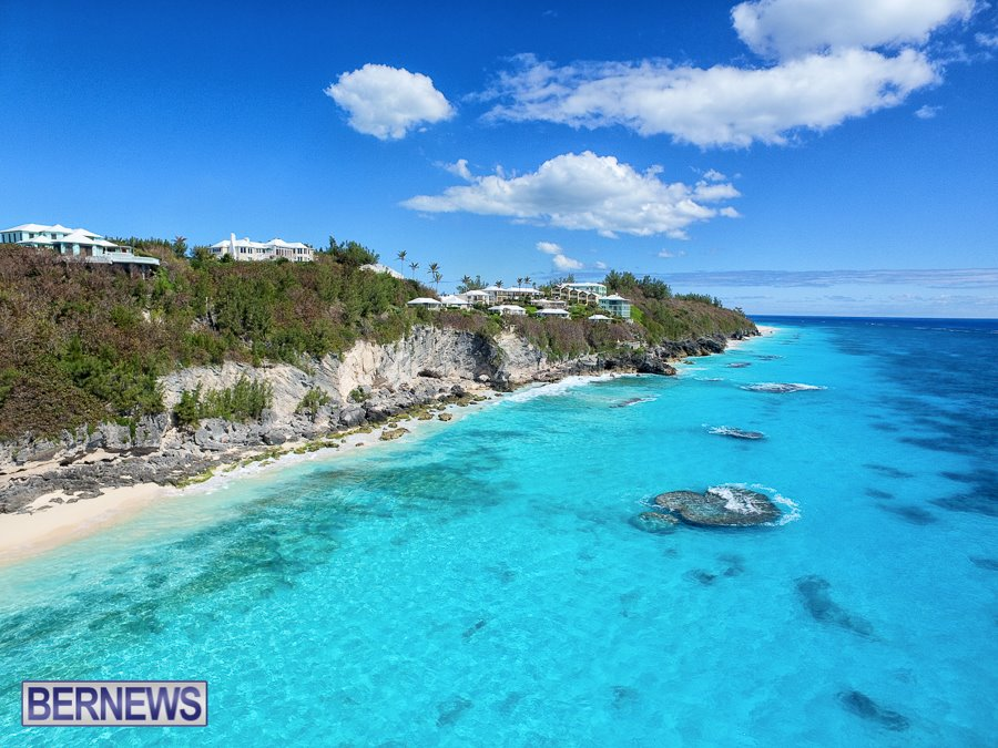 402 A stunning Bermuda Aerial Media photo looking down South Shore