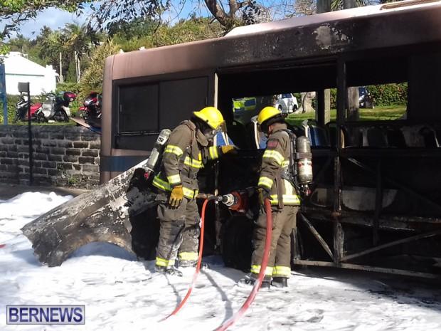 Bus Fire Bermuda March 7 2017 (1)