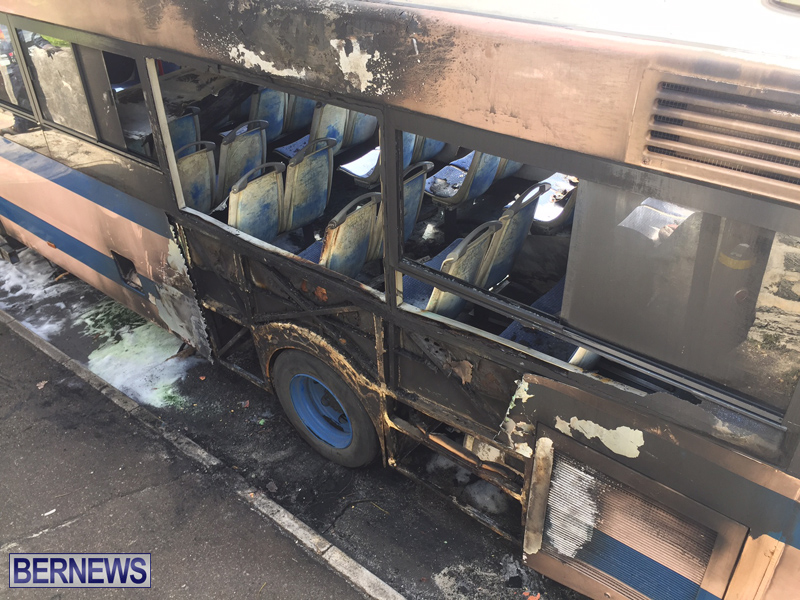 Bus-Fire-Bermuda-March-7-2017-18