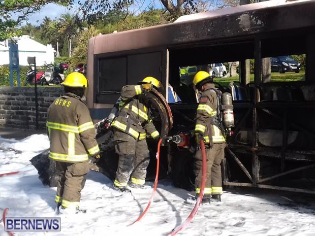 Bus Fire Bermuda March 7 2017 (2)