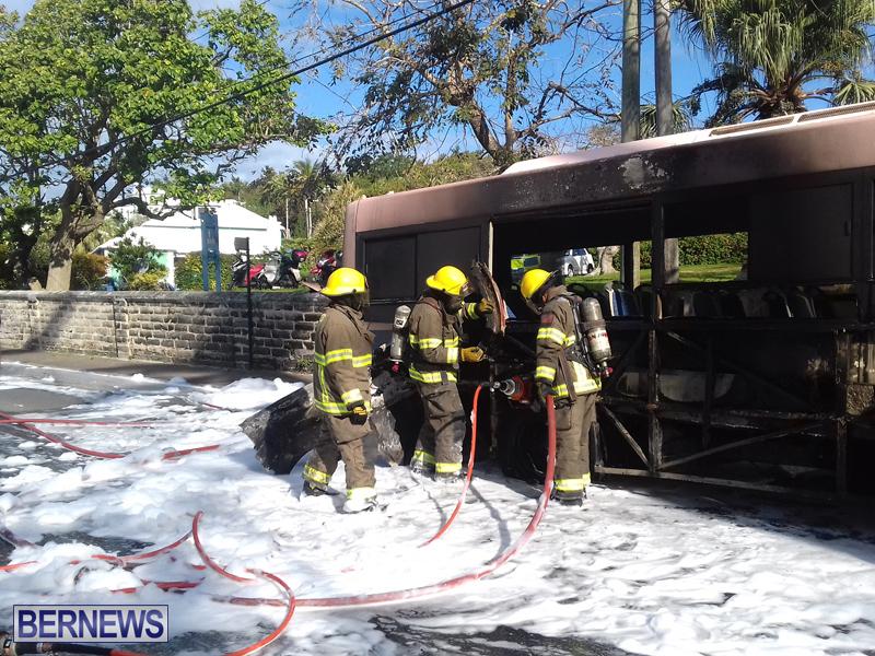 Bus-Fire-Bermuda-March-7-2017-4