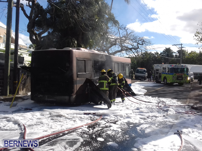 Bus Fire Bermuda March 7 2017 (5)