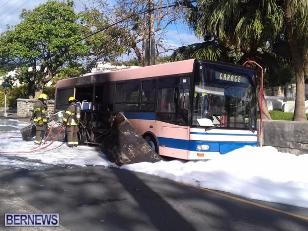 Bus Fire Bermuda March 7 2017 (6)