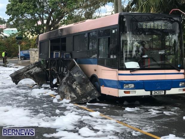 Bus Fire Bermuda March 7 2017 (8)