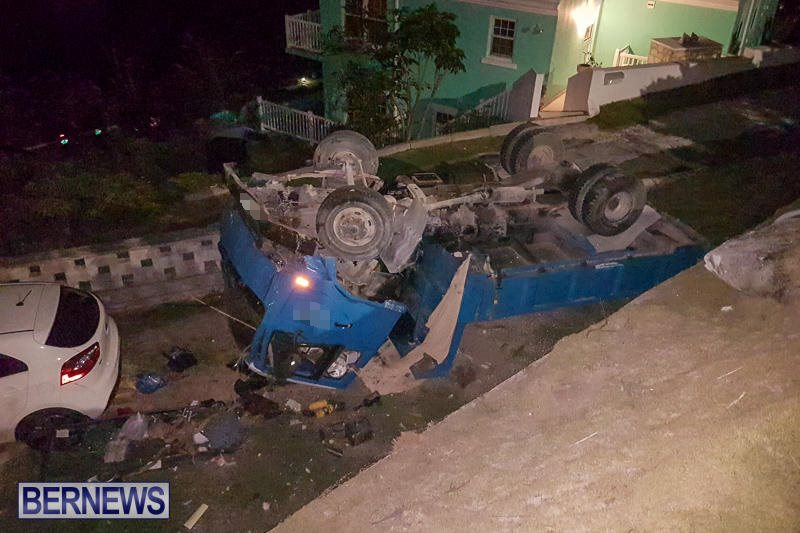 Overturned Truck Southampton Bermuda, March 29 2017-9