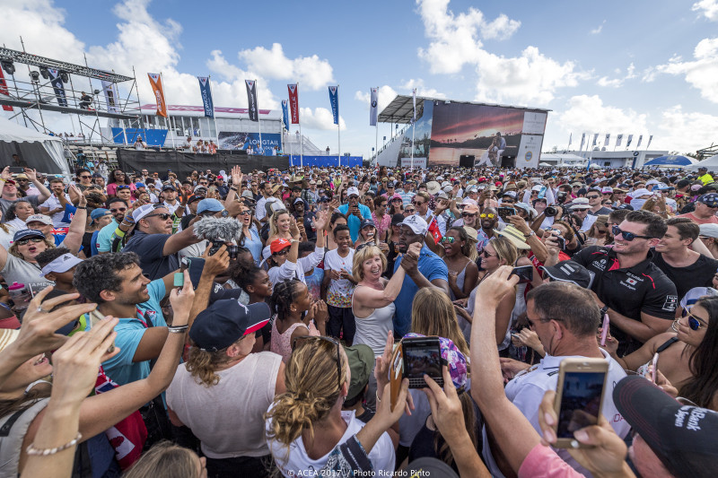 35th-Americas-Cup-Day-1-May-27-2017-Bermuda-12