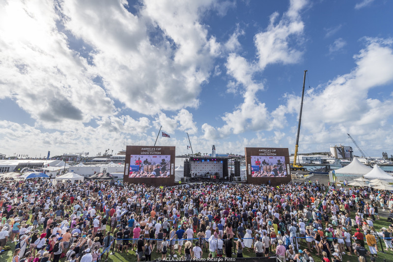 35th-Americas-Cup-Day-1-May-27-2017-Bermuda-7