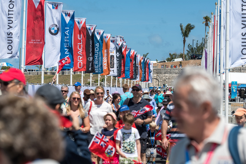America's-Cup-crowd-Bermuda-May-27-2017-5