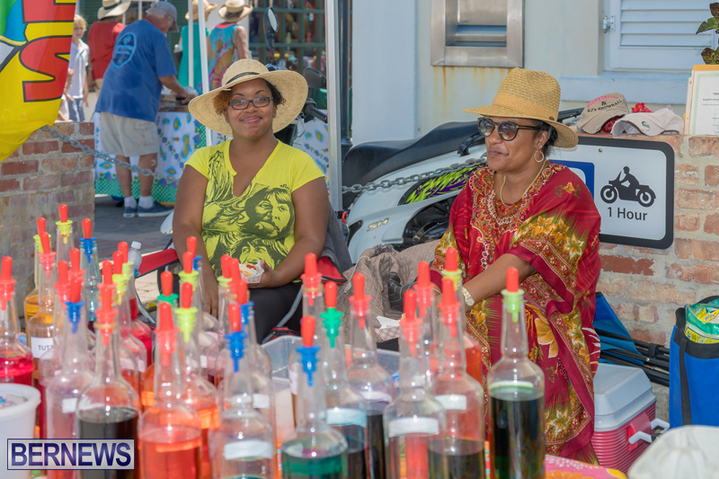 Art-Walk-Bermuda-May-27-2017-25