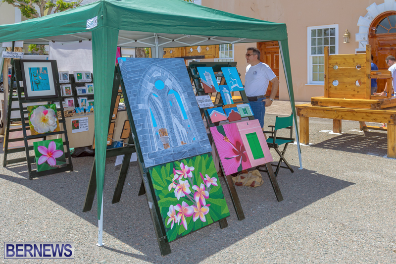 Art-Walk-Bermuda-May-27-2017-31