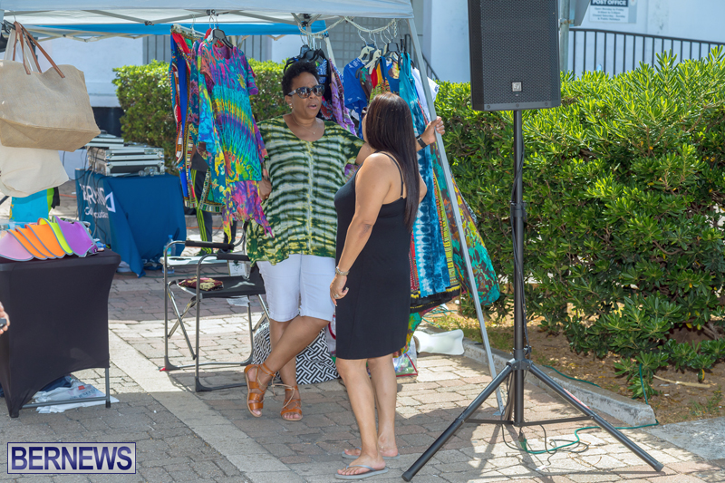 Art-Walk-Bermuda-May-27-2017-64