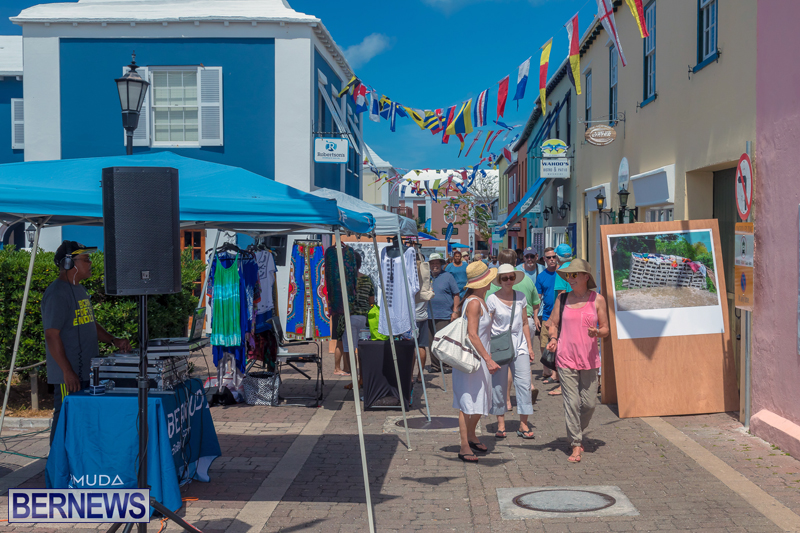 Art-Walk-Bermuda-May-27-2017-66