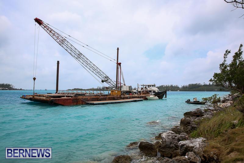Floating Dock Causeway Bermuda, May 14 2017-1