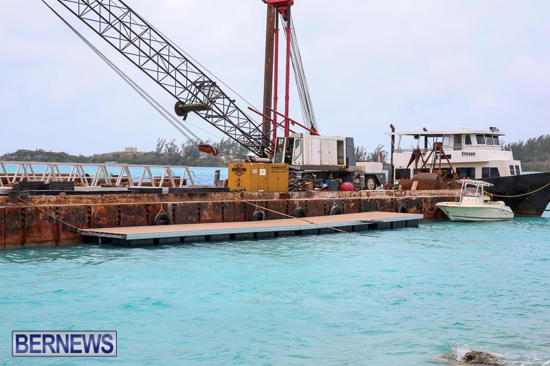 Floating Dock Causeway Bermuda, May 14 2017-2