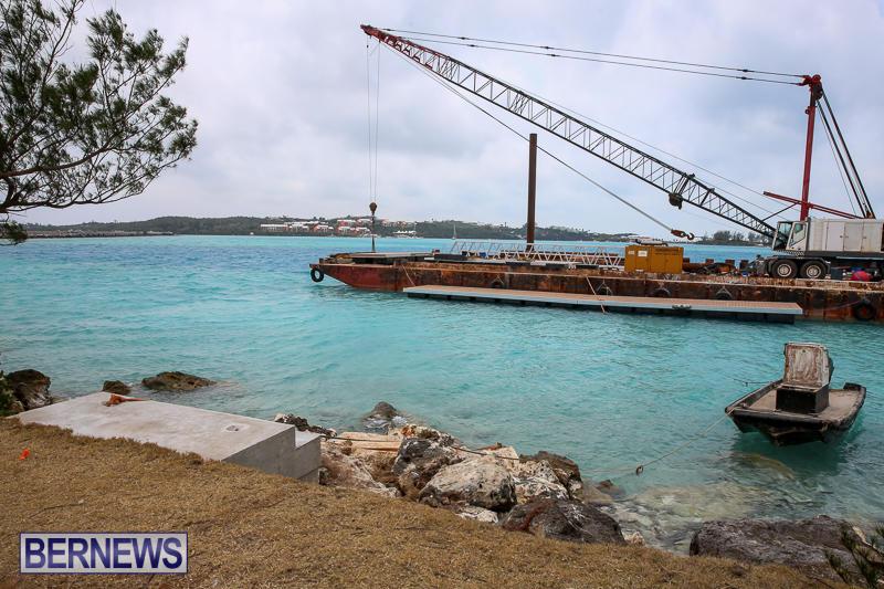 Floating Dock Causeway Bermuda, May 14 2017-3