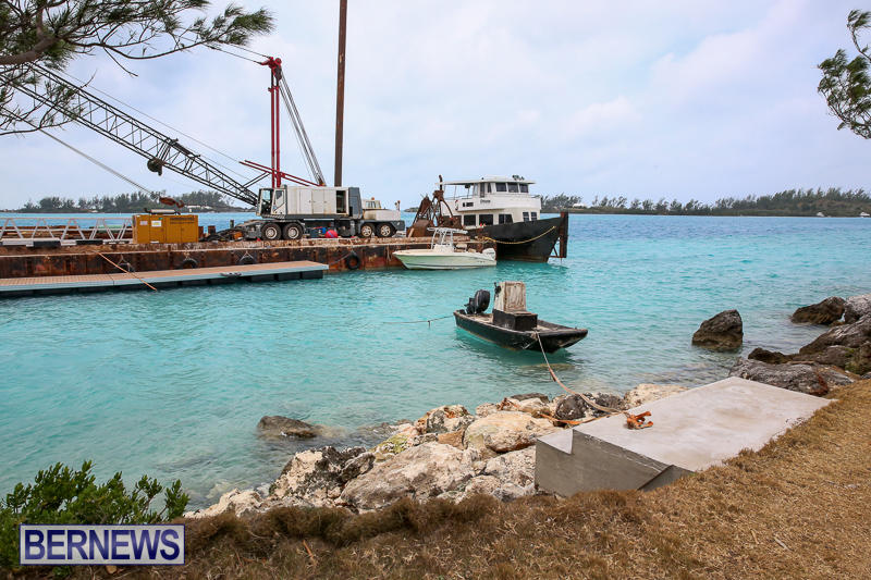 Floating Dock Causeway Bermuda, May 14 2017-4
