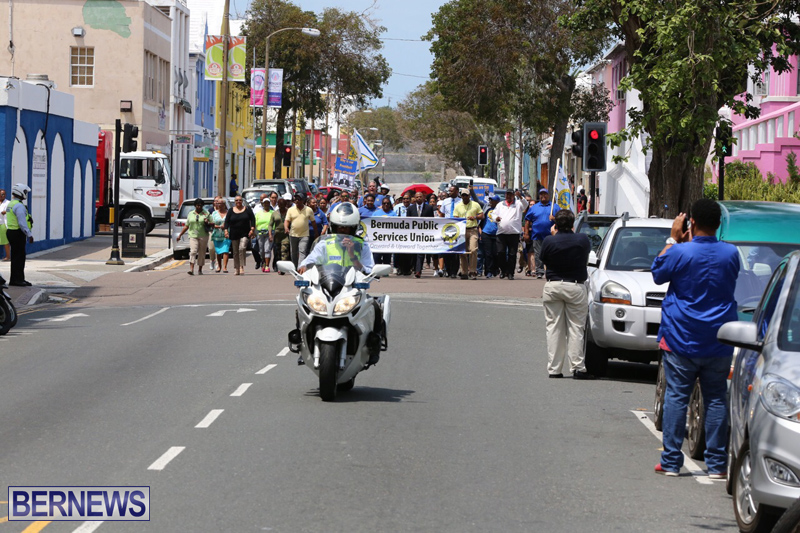 Outside court Bermuda May 3 2017 (12)