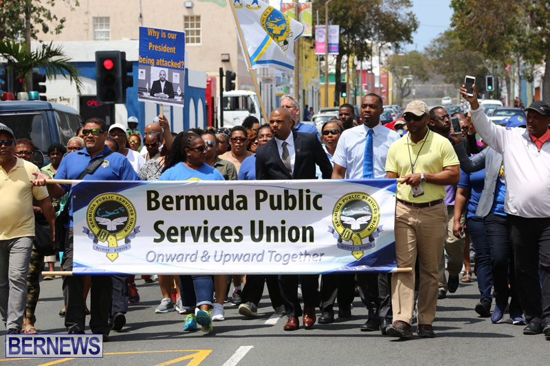 Outside court Bermuda May 3 2017 (15)