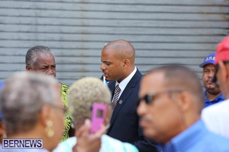 Outside court Bermuda May 3 2017 (30)