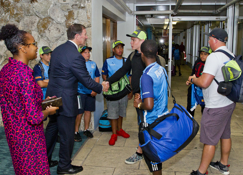 Premier Minister Youth Rugby Team Arrival Bermuda May 2017 (2)