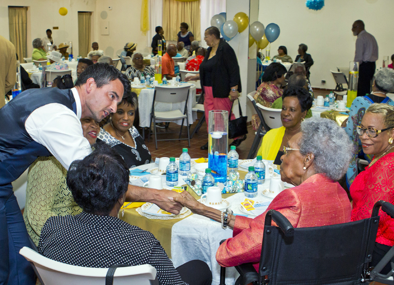 Seniors Tea Bermuda May 1 2017 (4)