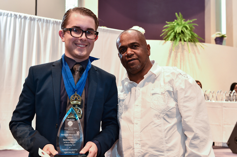 Teen-Awards-2-Bermuda-April-29-2017-126