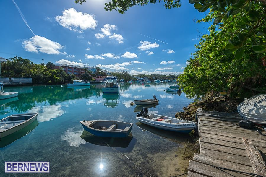 284 Bermuda is full of beautiful little bays and hidden coves, just off the main roads.