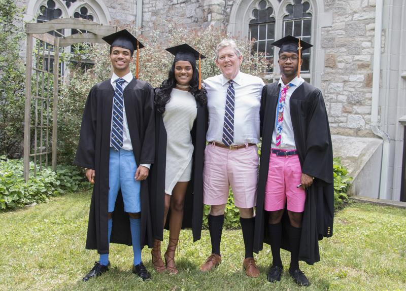 Albert College Bermuda graduates June 2017