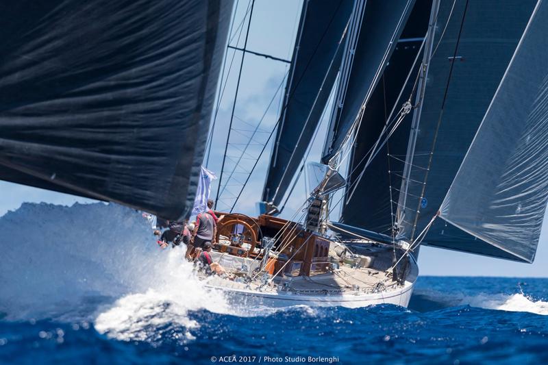 America's-Cup-Superyacht-Regatta-Bermuda-June-14-2017-38
