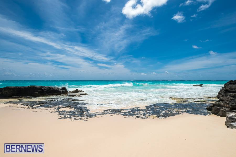 278 Just another beautiful beach in Bermuda. Show your friends overseas and welcome them to come.