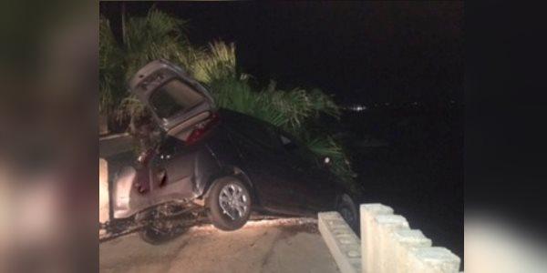 Car Over Embankment Southampton Bermuda, August 3 2017-tc1