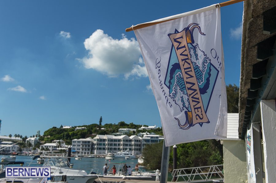 Makin-Waves-Lobster-Tournament-Bermuda-2014-04