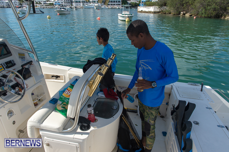 Makin-Waves-Lobster-Tournament-Bermuda-2014-06
