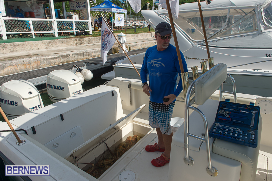 Makin-Waves-Lobster-Tournament-Bermuda-2014-09