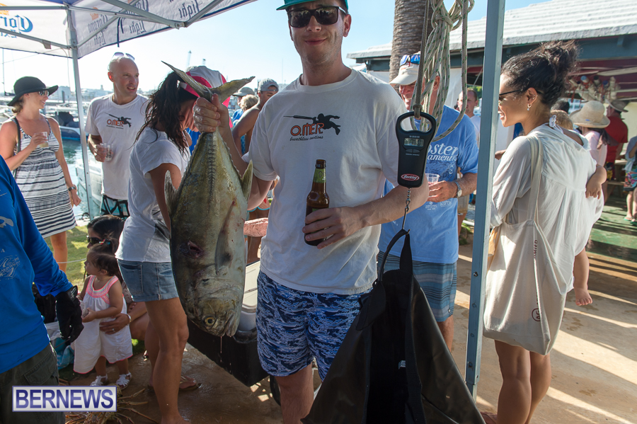 Makin-Waves-Lobster-Tournament-Bermuda-2014-58