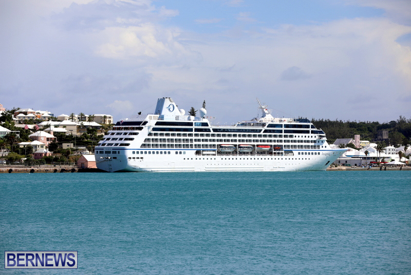 Passengers Ship Insignia Bermuda Aug 18 2017 (3)