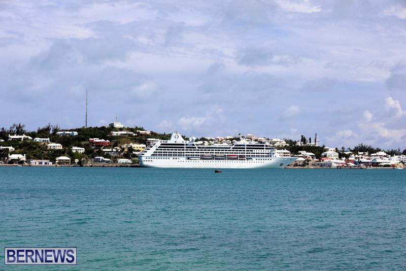 Passengers Ship Insignia Bermuda Aug 18 2017 (4)
